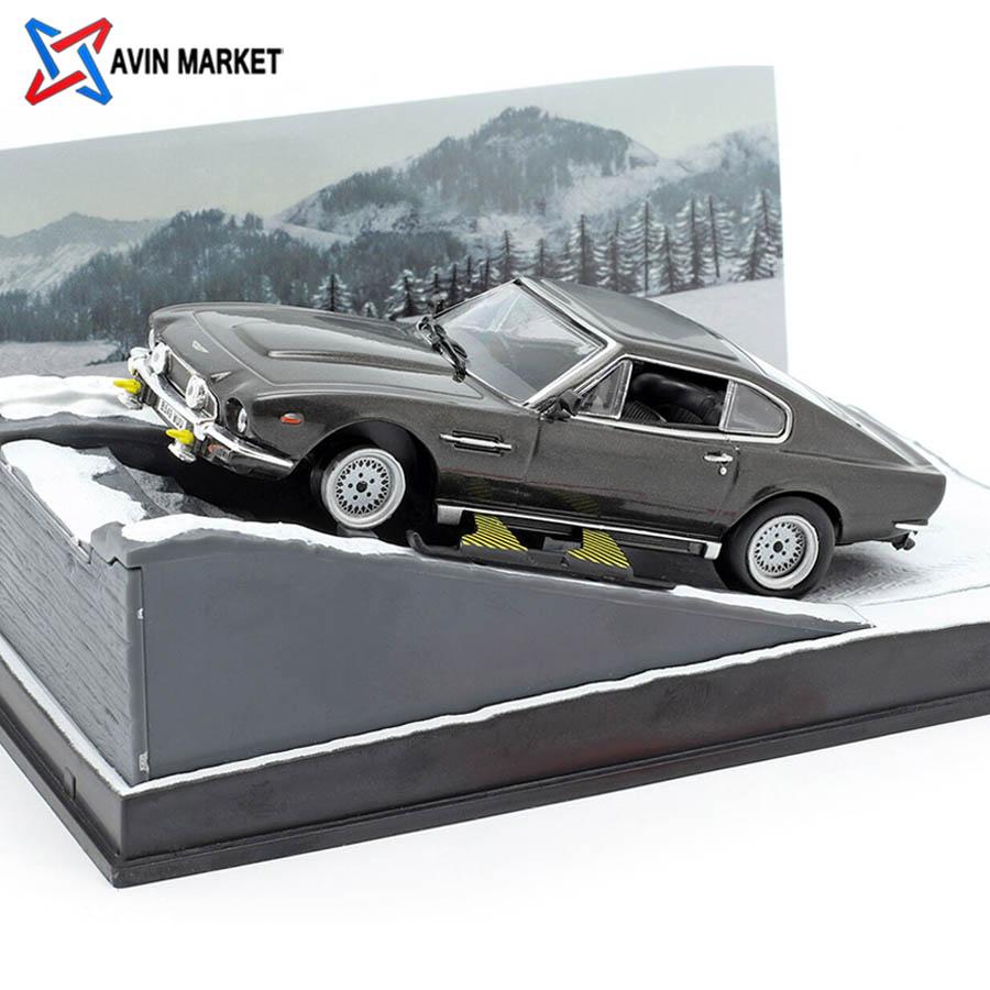 ixo Aston Martin V8 Vantage James Bond Movie Car of the Living Daylights